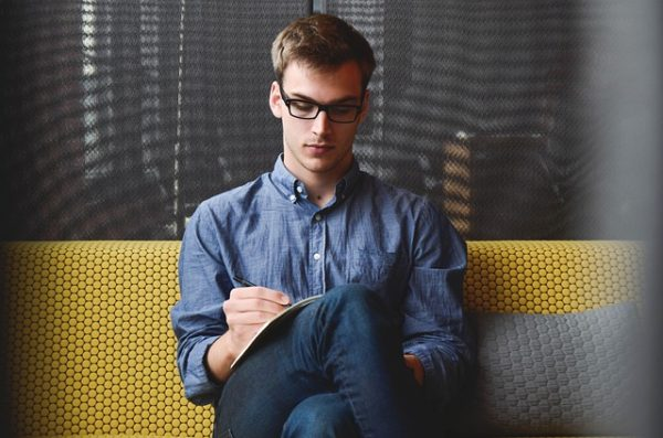 5 Peluang Usaha Online Modal Kecil yang Menjanjikan di Masa Depan Bizznis.net